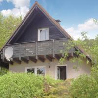 Hotelbilleder: Three-Bedroom Holiday Home in Marienmunster, Marienmünster