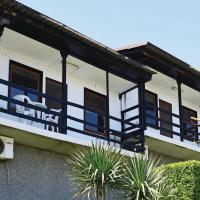 Fotos de l'hotel: Two-Bedroom Holiday Home in Galata, Galata
