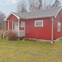 Hotellbilder: Two-Bedroom Holiday home in Löttorp, Löttorp