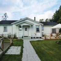 Hotellbilder: Five-Bedroom Holiday Home in Lottorp, Löttorp
