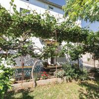 Hotelfoto's: Two-Bedroom Holiday Home in Liznjan, Ližnjan