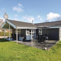 Hotellbilder: Five-Bedroom Holiday Home in Hejls, Hejls