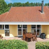 Hotellikuvia: Holiday home Rønnebærvænget Hejls V, Hejls