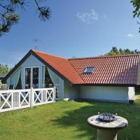 Hotel Pictures: Holiday home Monicasvej Denm, Trend