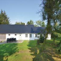 Hotel Pictures: Three-Bedroom Holiday Home in Frostrup, Frøstrup