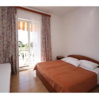 Фотографии отеля: Two-Bedroom Apartment in Mlini, Млини