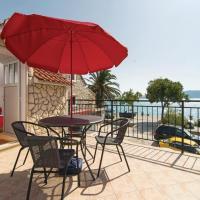Zdjęcia hotelu: One-Bedroom Holiday home with Sea View in Kastel Sucurac, Kaštela