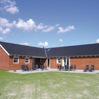 Zdjęcia hotelu: Holiday home Blommestien Idestrup IX, Bøtø By