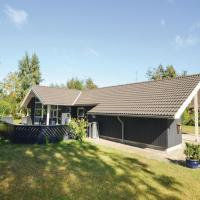 Hotellbilder: Holiday home Blåtopvej Væggerløse Denm, Bøtø By