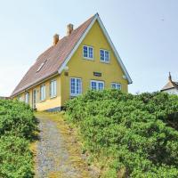 Fotos de l'hotel: Four-Bedroom Holiday Home in Fano, Fanø