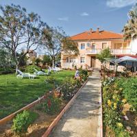 酒店图片: Apartment Ivana Zajca Croatia, 普利拉卡