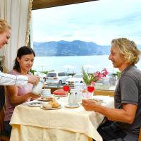 Hotel Pictures: Hotel La Sacca, Stresa