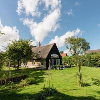 Hotel Pictures: Holiday home t Achterhuis op Vatrop, Den Oever