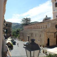Hotel Pictures: Casa Vacanza Duomo, Tropea