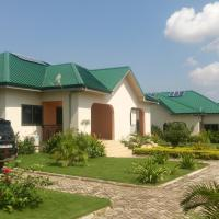 Hotel Pictures: Lifestyle Holiday Homes, Pokuase