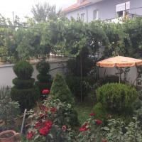 Hotelbilleder: Vila Ridvani, Korçë