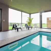 Hotelbilleder: Holiday Home Piscine Avec Vue, Champlon