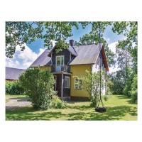 Photos de l'hôtel: Three-Bedroom Holiday Home in Mellerud, Bolstad