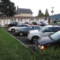 Hotel Pictures: Canadiana Motel, Hanover