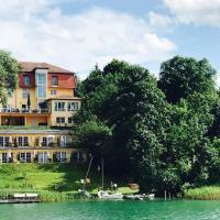 Hotel Pictures: Strandhotel Vier Jahreszeiten Buckow, Buckow