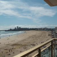 Hotel Pictures: Apartment Face mer, très bel appartement t3, Les Sables-d'Olonne
