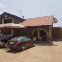 Hotel Pictures: Joh Ann Western Guest House, Tema