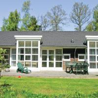 Hotel Pictures: Rubinsøen Skovhuse Hasle V, Hasle