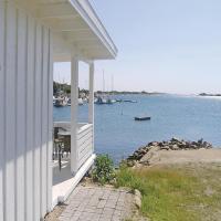 Holiday home Gressvik Slevikstranda