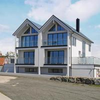 Four-Bedroom Holiday Home in Borhaug