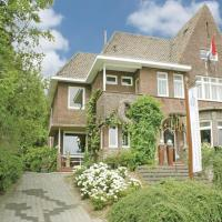 Hotel Pictures: Holiday Home Villa Aurora, Epen