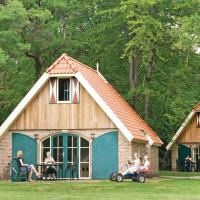 Hotel Pictures: Holiday Home Buitengoed Fredeshiem 05, De Bult