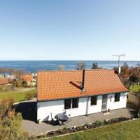 Hotel Pictures: Holiday home Bølsbakke Svaneke X, Svaneke