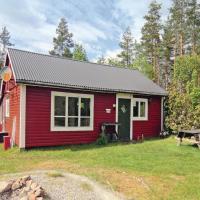 Photos de l'hôtel: Holiday home Halasjövägen Trensum IV, Svarvaremåla