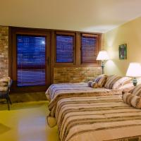 Double Room with Two Double Beds and Terrace
