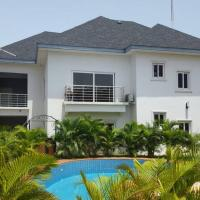 Hotellbilder: GapsGhana - Furnished 2 Bedroom Apartment, Cantonments, Accra