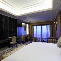 chateau premier room
