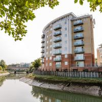 Hotel Pictures: Riverview Executive Apartment by PLL, Ipswich