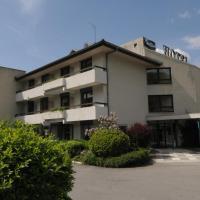 Hotel Pictures: Hotel-Restaurant 4C, Cluses