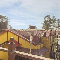 Foto Hotel: Guesthouse room on Mall Road, Shimla, by GuestHouser 17026, Shimla