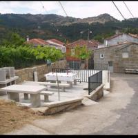 Hotel Pictures: Holiday home 32898 Prado, Ourense, Espana, Prado