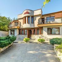 Hotel Pictures: Family Hotel Bunara, Brestnik