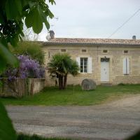Hotel Pictures: Sous les Marronniers, Petit-Palais-et-Cornemps