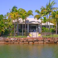 Hotelbilleder: 6 Waterfront Court, Twin Waters - Linen Included, BOND 500, Twin Waters