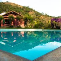 Hotel Pictures: Trilhas do Olimpo Mountain Park, Petrópolis