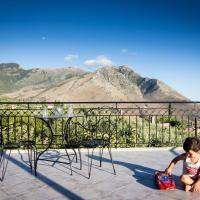 Hotellbilder: Stunning Views in Mani, Koúmani
