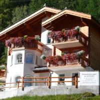 Hotel Pictures: Haus Piccolo, Saas-Grund