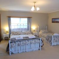 Hotel Pictures: Tamar River Retreat, Kayena