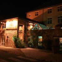 Hotel Pictures: Le Sénéchal, Sauveterre-de-Rouergue