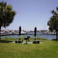 ホテル写真: Pirates' Bay B-112: Parrot's Perch, Fort Walton Beach