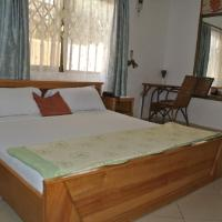Hotel Pictures: Provemat Guest House, Spintex